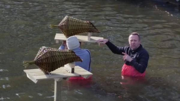 Nieuw idee om korven te plaatssen - Almere - stadsvijver
